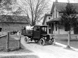 100 1920 Ford Truck Model TT