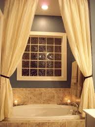 Chandelier Over Bathtub Soaking Tub by Best 25 Bathtub Decor Ideas On Pinterest Bath Decor Bathtub