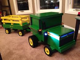 John Deere Toddler Bedding by John Deere Tractor Toy Box With Wheels Working Lights And Sounds