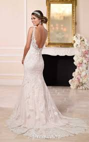 V Neck Open Back Sleeveless Rustic Mermaid Lace Wedding Dress