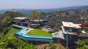 104 Beverly Hills Modern Homes Outstanding Contemporary Style Mansion In California Luxury Architecture