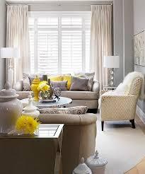 100 أفكار غرفة المعيشة مذهلة مع الأصفر