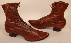 beautiful antique shoes and boots vintage fashions