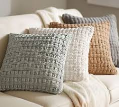 Large Decorative Couch Pillows by Best 25 Large Throw Pillows Ideas On Pinterest Throw Pillows