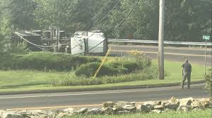 100 Utility Truck Parts Dump Crash Leaves Of Coventry Without Power Hartford