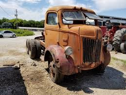 Heavy Hauler: 1941 Ford C.O.E. 10-Wheeler | Barn Finds | Pinterest ...