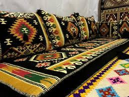 originale orientalische sitzecke sitzgruppe dicker kelim
