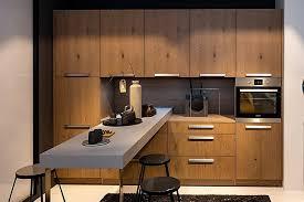 nolte musterküche schicke l küche mit furnier fronten und