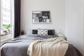 Take A Peek Three Interior Design Bedrooms Have Simple Monochrome