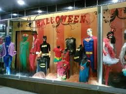 Halloween Town Burbank by 14 Well Stocked Shops For Scoring Halloween Costumes In La