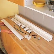reglette cuisine avec prise electricité comment poser un bandeau multifonction