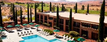 100 Luxury Resort Near Grand Canyon Lake Powell Hotel Courtyard Page AZ Hotel