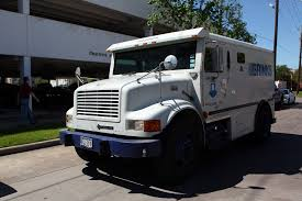 100 Armored Truck Motorists Nab Cash Spilled By Armored Truck Causing Crashes SFGate
