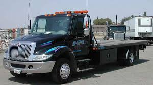 24 Hour Fresno Towing Service | Bulldog Towing | 559-486-7038
