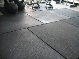 Rubber Gym Flooring Rolls Uk by Best 25 Rubber Gym Flooring Ideas On Pinterest Home Gym