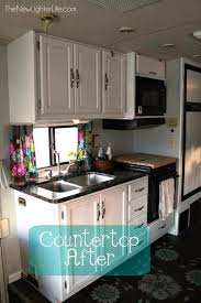 This DIY Trick Will Make Even The Worst Counters Shine Without Cost A Few Coats Of Paint Can Turn Any Counter Into Faux Granite
