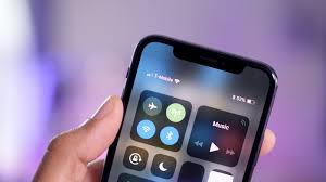 How to view your current battery percentage on iPhone X [Video