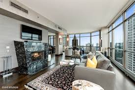 100 The Penthouse Chicago Fullfloor Penthouse Level At Pinnacle Lists For 495M