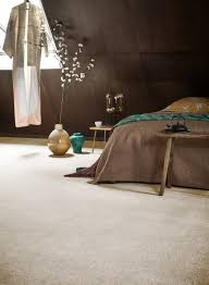 teppich im schlafzimmer erholsames wohnklima zum