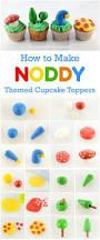Wilton Decorator Preferred Fondant Uk by Best 25 Easy Fondant Cupcakes Ideas On Pinterest Easy Fondant