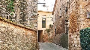 100 Modern Stone Walls Dezeen On Twitter ArquitecturaG Builds Modern House