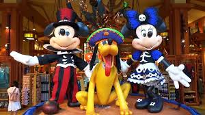Anaheim Halloween Parade Time by Downtown Disney District Halloween Time Decorations 2017 At