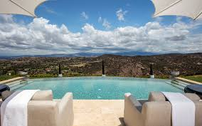 100 Resorts With Infinity Pools Homes With Infinity Pools Luxury Living Christies