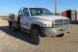 Used Deweze Bale Beds For Sale by 1999 Dodge Ram 3500 Flatbed Pickup Truck Item Df9791 Sol