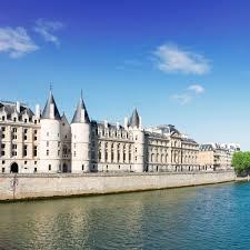 The Top 10 Historic Sites of Paris Trip Historic