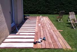 construction terrasse bois sur dalle beton