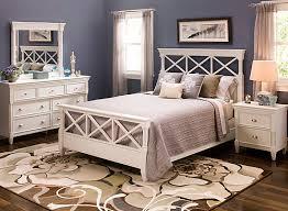 Retreat 4 pc Queen Bedroom Set White