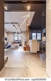 glastür im wohnzimmer eine glastür die einem korridor