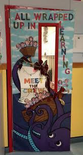 Easy Christmas Classroom Door Decorating Ideas by Best 25 Door Bulletin Boards Ideas On Pinterest Classroom Door