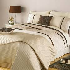 Bedroom King Quilt Sets And Bed Bath And Beyond forters Also