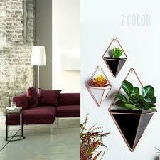 geometrische wand hängen grüne pflanze pflanzer box topf