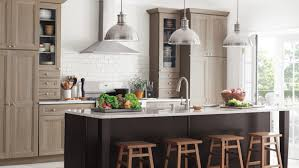 Thermofoil Kitchen Cabinets Online by Video Ask Martha What Are Purestyle Cabinets Martha Stewart