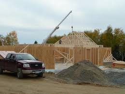 100 House Trusses Quadomated Roof Day 1
