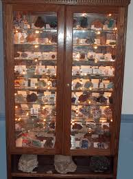 12 Tips For Displaying Your Mineral Specimens