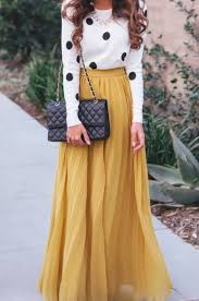 20 Style Tips On How To Wear Maxi Skirts In The Winter