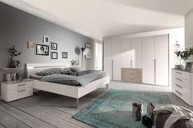 schlafzimmer möbel gartentisch mit mosaikplatte
