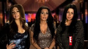 Liza Minnelli Turns Off A Lamp Hulu by 140228 2751782 Kardashian Divorce Special Anvver 2 Jpg