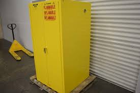 Flammable Liquid Storage Cabinet Grounding by Lot 130 Justrite Flammable Liquid Storage Cabinet Wirebids