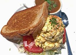 Lamp Liter Inn Restaurant by Wild Eggs Maintains Its Eggy Goodness Louisvillehotbytes Com
