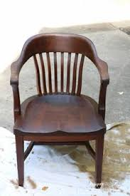 Chair Caning Instructions Youtube by How To Re Cane A Chair Seat In Under 10 Mins Youtube