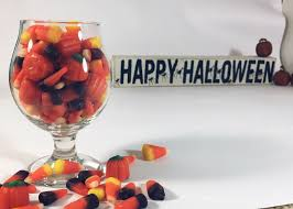 Top Halloween Candy 2016 by Ultimate 6er Halloween Candy Pairings For Beer Lovers