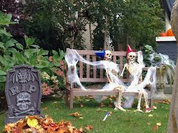 Halloween Graveyard Fence Decoration by 100 Scary Halloween Graveyard Ideas Ultimate Halloween