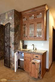 Corner Kitchen Cabinet Decorating Ideas by Best 20 Wet Bar Cabinets Ideas On Pinterest Bar Areas Wet Bars