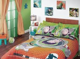 Buzz Lightyear Toddler Bed by Best 25 Toy Story Bedding Ideas On Pinterest Toy Story Room