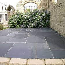 Single Size Paving Slabs In 900 X 600 300 And At A Thickness Of This Pavestone Natural Slate Midnight Has