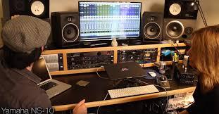 Linda Taylor Home Studio Setup
